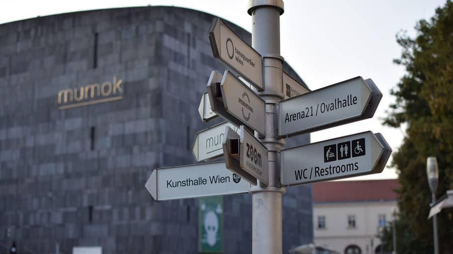 museumsquartier wien city oesterreich geocaching city downtown gelaendespiel schatzsuche pixabay
