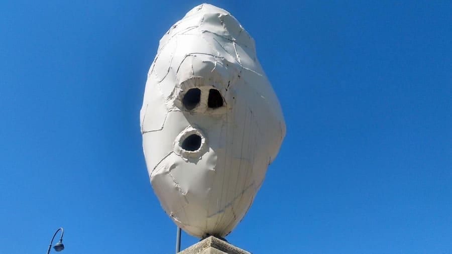 gesicht skulptur stadtpark brücke mumok geocaching innenstadt firmenausflug betriebsausflug bs