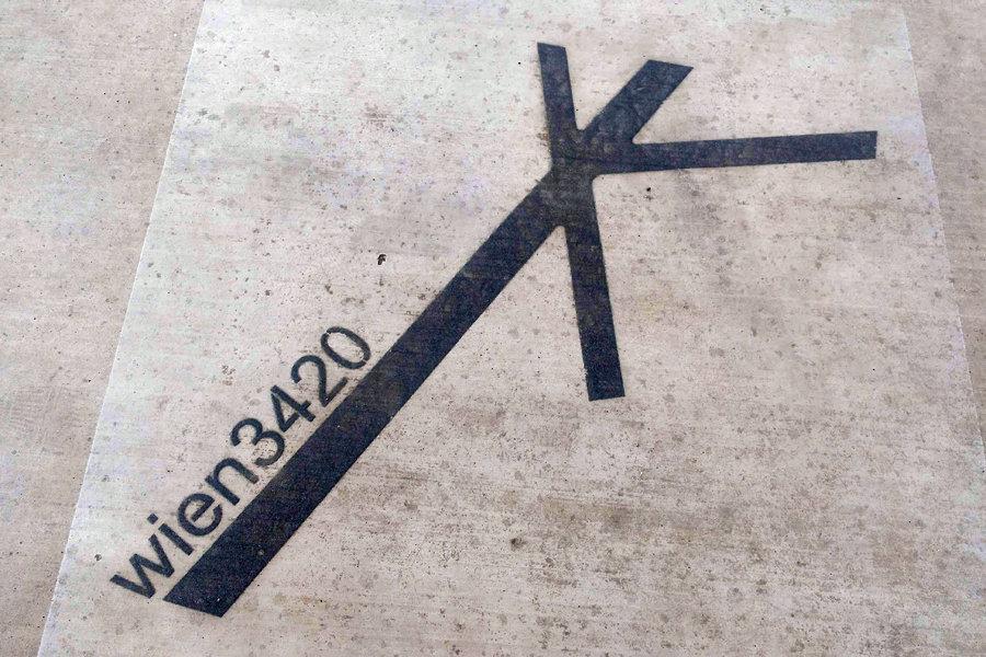 seestadt seepark 3420 koordinaten flugfeld zentrum bs
